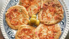 Peynirli Sucuklu Pankek (Resimli Anlatım)