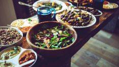Akdeniz Diyeti Kalp Hastalığı Riskini Azaltıyor