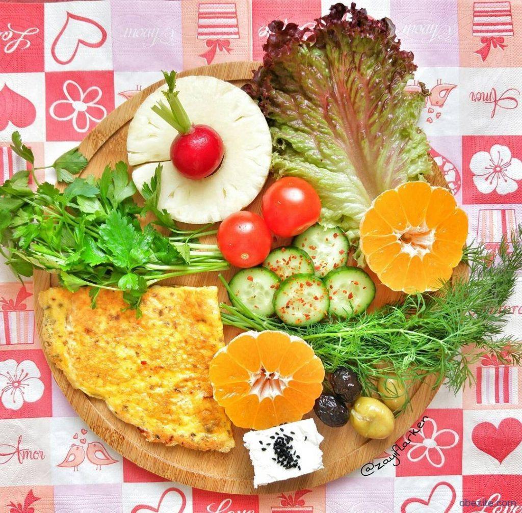 Yeşillik domates omlet